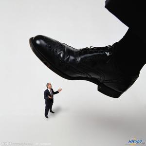 HR的命运掌握谁的手中?