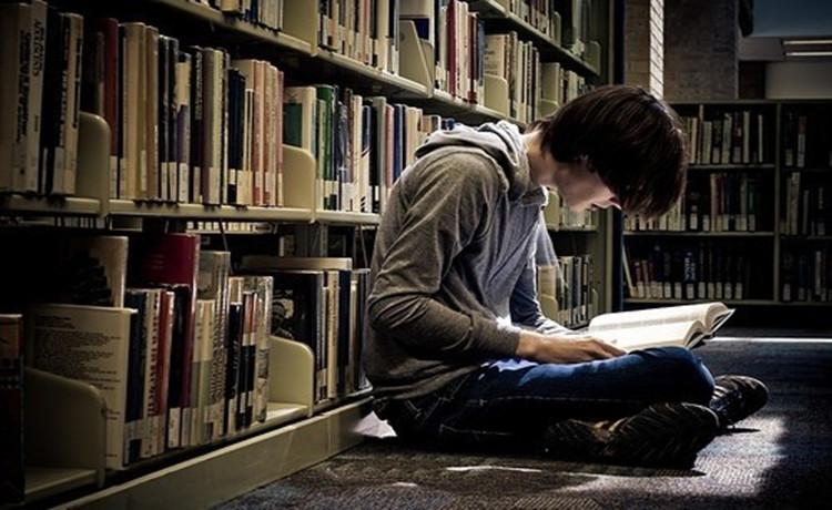 10部经典青少年励志书籍推荐